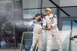 Podio #33 Eurasia Motorsport Oreca 05 - Nissan: Tristan Gommendy