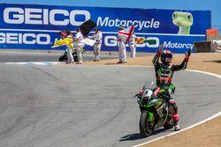 Sieger Jonathan Rea, Kawasaki Racing Team, feiert