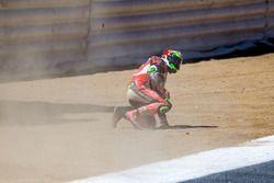 Sturz: Davide Giugliano, Aruba.it Racing - Ducati