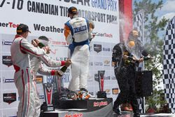 PC-Podium: Sieger #54 CORE Autosport, Oreca FLM09: Jon Bennett, Colin Braun; 2. #8 Starworks Motorsp