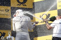 Podio: Marco Wittmann, BMW Team RMG, BMW M4 DTM y Stefan Reinhold, BMW Team RMG
