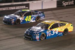 Chris Buescher, Front Row Motorsports Ford, Jimmie Johnson, Hendrick Motorsports Chevrolet