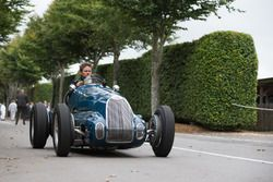 Bugatti Type 73C von 1945: Tom Dark