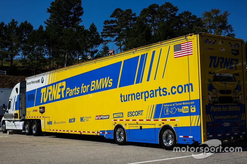 Renntransporter: Turner Motorsport