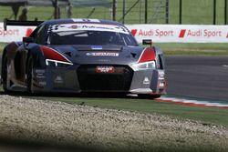 #8 Audi R8 LMS-GT3, Audi Sport Italia: Mapelli-Albuquerque