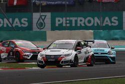 Kevin Gleason, Honda Civic TCR, West Coast Racing e Stefano Comini, Volkswagen Golf GTI TCR, Leopard