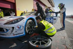 Pit stop, #284 Nova Race Ginetta G55 GT4: Luca Rangoni, Luca Magnoni, Roberto Gentili