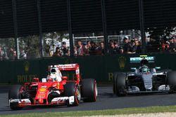 Себастьян Феттель, Ferrari SF16-H и Нико Росберг, Mercedes AMG F1 Team W07