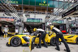 Pit stop practice for #64 Corvette Racing Chevrolet Corvette C7-R: Oliver Gavin, Tommy Milner, Jordan Taylor