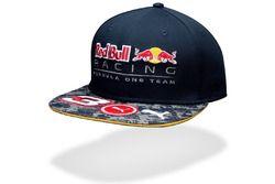 Gorra Red Bull y Daniel Ricciardo visera plana