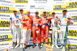 Podium: Sieger #24 kfzteile24 - APR Motorsport, Audi R8 LMS: Florian Stoll, Laurens Vanthoor; 2. #77