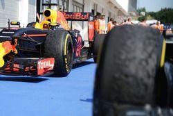 The Red Bull Racing RB12 of Daniel Ricciardo, Red Bull Racing in parc ferme