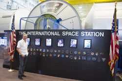 Kevin Schwantz beim Besuch im NASA Johnson Space Center