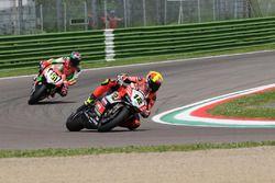 Xavi Fores, Barni Racing Team; Matteo Baiocco, VFT Racing