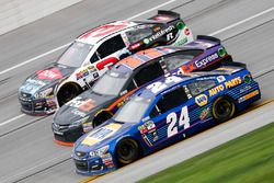 Austin Dillon, Richard Childress Racing Chevrolet, Denny Hamlin, Joe Gibbs Racing Toyota, und Chase