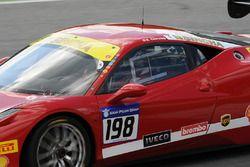 #198 Motor Service Ferrari 458: Eric Cheung