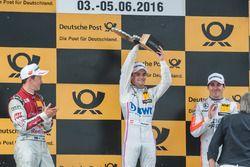 Лукас Ауэр на подиуме, Mercedes-AMG Team Mücke, Mercedes-AMG C63 DTM