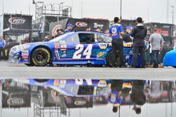 The car of Chase Elliott, Hendrick Motorsports, Chevrolet, im Regen
