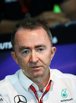 Paddy Lowe, Mercedes AMG F1 Executive Director, in the de persconferentie