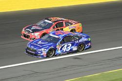 Regan Smith, Richard Petty Motorsports Ford, Chris Buescher, JTG Daugherty Racing Chevrolet