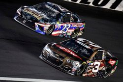 Austin Dillon, Richard Childress Racing Chevrolet, Gray Gaulding, BK Racing Toyota