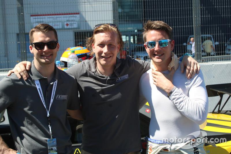 Vorstart, #249 FK Performance Motorsport, BMW M235i Racing: Yannick Mettler, Patrick Hinte, Michael Schrey