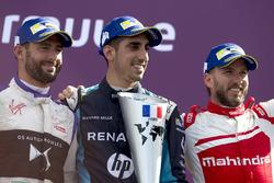 Sébastien Buemi, Renault e.Dams, celebra con José María López, DS Virgin Racing y Nick Heidfeld, Mahindra Racing