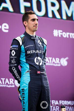 Sébastien Buemi, Renault e.Dams, célèbre sa victoire