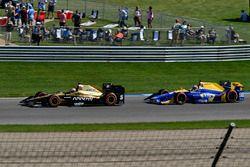 Джеймс Хинчклифф, Schmidt Peterson Motorsports Honda, и Александр Росси, Herta - Andretti Autosport
