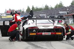Boxenstopp, #8 Audi Sport racing academy, Audi R8 LMS: Mikaela Åhlin-Kottulinsky, Ricardo Feller