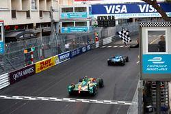 Le vainqueur Sébastien Buemi, Renault e.Dams