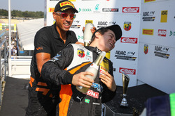 Podium: Felipe Drugovich, Van Amersfoort Racing