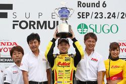 Mitsunori Takabosh, campeón de la F3 Japonesa 2017
