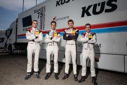 #17 KÜS TEAM75 Bernhard, Porsche 911 GT3 R: Mathieu Jaminet, Michael Ammermüller und #18 KÜS TEAM75