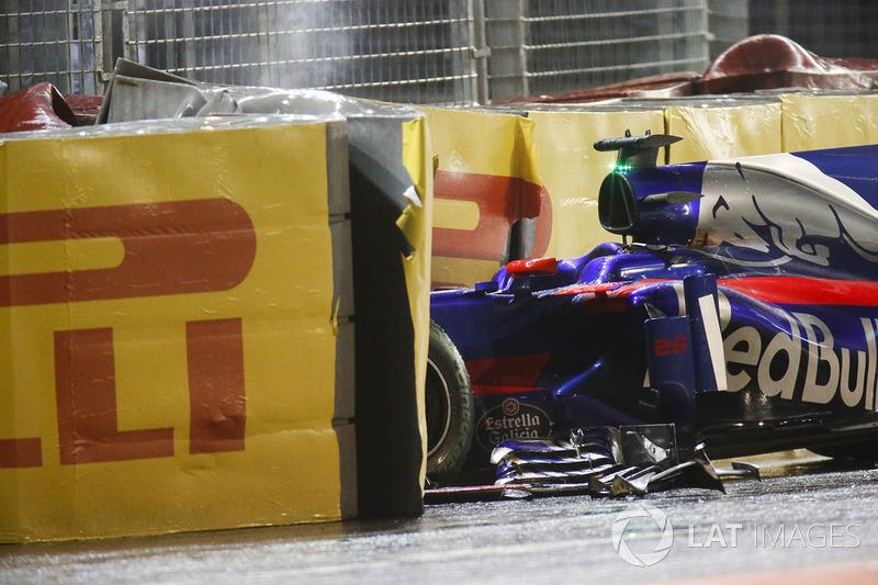 Car of Daniil Kvyat, Scuderia Toro Rosso STR12