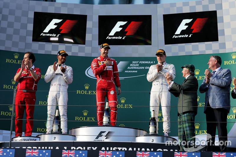 Sebastian Vettel, Ferrari; Lewis Hamilton, Mercedes AMG F1; Valtteri Bottas, Mercedes AMG F1; Sir Jackie Stewart