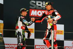 Podyum: Yarış galibi Chaz Davies, Ducati Team, 2. Jonathan Rea, Kawasaki Racing