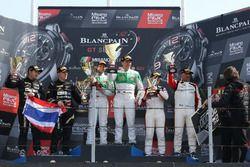 Podium Pro-AM-Cup: 1. #333 Rinaldi Racing, Ferrari 488 GT3: Alexander Matschull, Daniel Keilwitz; 2.