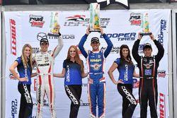 Podium: race winner Rinus van Kalmthout, Pabst Racing