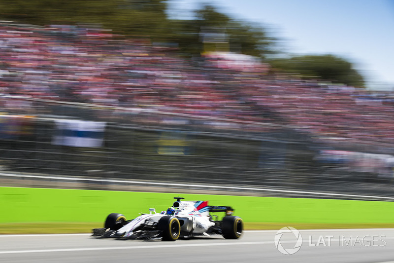 Massa se manteve em sétimo, atrás de Kimi Raikkonen e do próprio Stroll, que se mantinha em seu campo de visão.