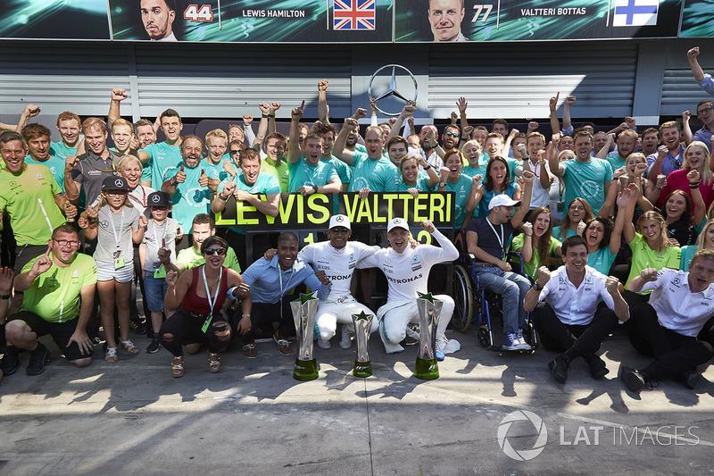 Race winner Lewis Hamilton, Mercedes AMG F1, Second place Valtteri Bottas, Mercedes AMG F1, the Merc