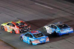 Dale Earnhardt Jr., Hendrick Motorsports Chevrolet, Aric Almirola, Richard Petty Motorsports Ford, D