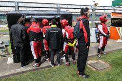 Miembros del equipo Fortec Motorsports