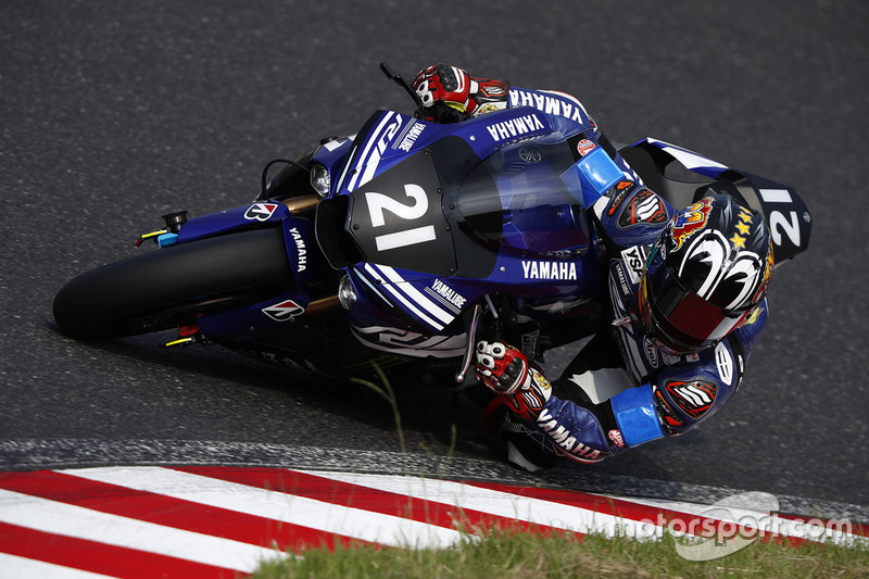 #21 Yamaha Factory Racing Team: Кацуюки Накасуга, Алекс Лоус, Михаэл ван дер Марк