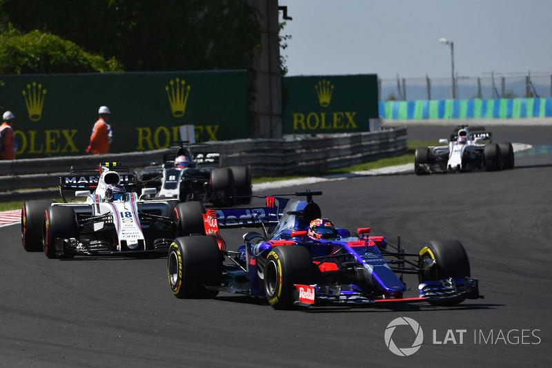 2017 год. За рулем болида Toro Rosso STR12 по ходу гонки