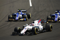 Paul di Resta, Williams FW40, Marcus Ericsson, Sauber C36, Pascal Wehrlein, Sauber C36-Ferrari