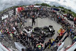 A futam győztese, Josef Newgarden, Team Penske Chevrolet