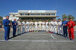 Pilotlar grup fotoğrafı
