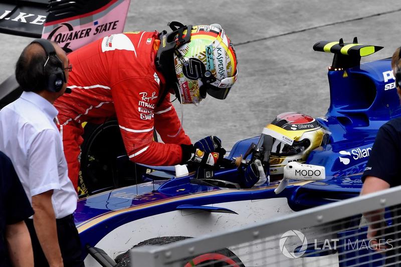 Sebastian Vettel, Ferrari, Pascal Wehrlein, Sauber C36