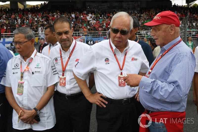 Niki Lauda, Presidente Non-Esecutivo Mercedes AMG F1, Tan Sri Azman, Presidente del Sepang Internati